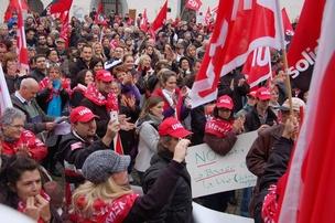 Dumping salarial : manifestation Unia le 21 septembre 2013